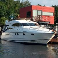 Аренда яхты «Принцесса 56»