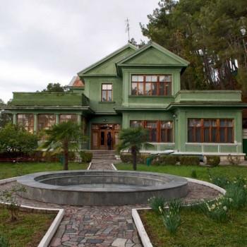 Обзорная экскурсия «Зеленая Роща» - гора Ахун и дача Сталина