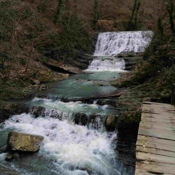 «Змейковские водопады» индивидуальная автомобильная экскурсия 4 часа